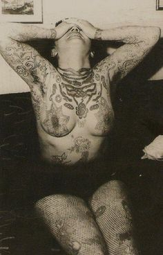 tattooed woman from the 1940s