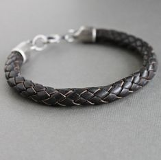 Mens épaisse tresse Bracelet Bracelet en cuir par LynnToddDesigns