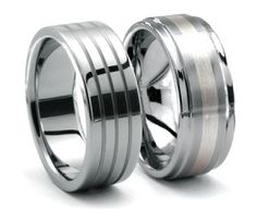 I like these rings! :) Gay wedding, I need you.