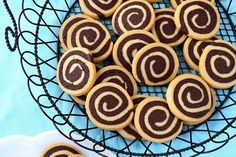 Chocolate Pinwheel Cookies - Delicious combination of chocolate and vanilla in a cookie swirl - recipe and tutorial.