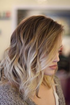 warm blonde bayalage curls