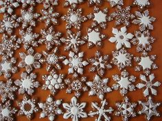 snowflake cookie decorating