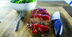 This really is the best moist meatloaf recipe ever! If you are a meatloaf lover like I am, I'm sure you'll agree. It is inspired by the wonderful meatloaf my mother used to make when I was a child… Best Moist Meatloaf Recipe, Meat Loaf Recipe Easy, Meat Sauce Recipes, Meat Recipes For Dinner, Cheese Recipes, Easy July 4th Recipes, Traditional Meatloaf Recipes, Pasta With Meat Sauce, How To Cook Steak