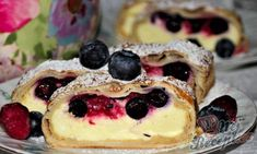 Czech Recipes, Strudel, Vegan Butter, Vegan Breakfast, Desert Recipes, Spice Things Up, Blueberry, Sweet Tooth, Cheesecake