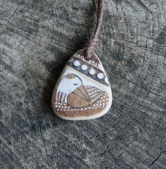 Guarigione Shard collana  uccello di ceramica marrone di LillaJizo, $44.00