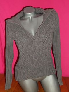 GAP GRAY V NECK LONG SLEEVE SWEATER CABLE AND RIBBED STYLE SZ M #GAP #VNeck