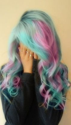 pink and blue hair = <3..... would be so pretty for a fairy costume!!