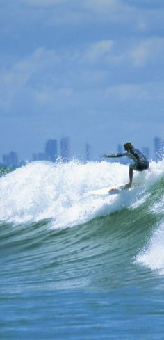 Sit back and relax as you take in beautiful sights enroute to Australia's   Gold Coast. Sun, sand and surf are included.