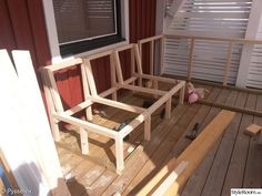 Deck Seating, Corner Seating, Built In Seating, Outdoor Seating, Outdoor Furniture Plans, Outside Furniture, Diy Garden Furniture, Banquette Seating Restaurant, Baby Furniture Sets