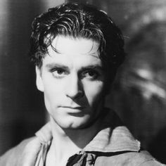 by Anne HelenPetersen In the early '40s, Laurence Olivier had everything going for him: he was widely regarded as one of the two best actors to ever grace the British stage, his film career had been set aflame by startling performances in Wuthering Heights and Rebecca, and his gorgeous wife, Vivien