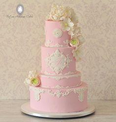 Wedding cake beautiful detail / bruidstaart mooie taart details gepind door www.hierishetfeest.com