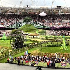 jampa's photo  of Olympic Stadium on Instagram