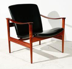Fredrik A. Kayser; #711 Rosewood and Leather Lounge Chair for Vatne Lenestolfabrikk, 1960s.