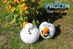How to make a Frozen Olaf Pumpkin Frozen Halloween, Theme Halloween, Disney Halloween, Holidays Halloween, Halloween Pumpkins, Halloween Crafts, Happy Halloween, Halloween Decorations, Fake Pumpkins