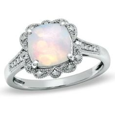 3ct white opal in a vintage setting. This is really pretty!