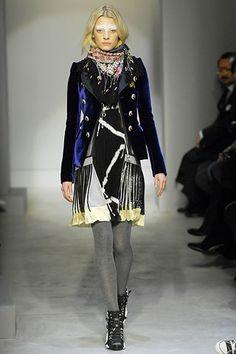 Balenciaga Fall 2007 Ready-to-Wear Fashion Show - Sasha Pivovarova