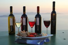 #sunset #sikinos #Sikinosisland #Greece #Island #vacation #oia #Santorini #folegandros #ios #summer #Aegean #Cyclades #weddingideas #decoration #Greecefood #Greecewine #winetourist #greecestagram #travel_greece #loves_greece #ig_greece #igers_greece #greecewine #winesofgreece #instagreece #wine #wines #wineo #vin #vins #vino #sommelier #winetasting #travel Greece Food, Oia Santorini, Greece Travel, Wine Tasting, Weddingideas, Red Wine, Alcoholic Drinks, Island, Vacation