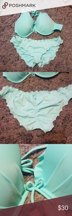 VS Tiffany Blue Ruffle Bikini Size medium. LIKE NEW Victoria's Secret Swim Bikinis