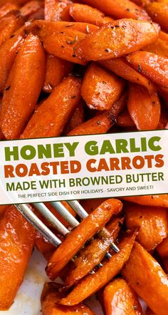 Side Dish Recipes 493214596696877179 - Classic roasted carrots recipe, perfectly tender and lightly caramelized, then tossed with a honey and browned butter sauce! Great as a holiday side dish! Holiday Side Dishes, Best Side Dishes, Veggie Side Dishes, Thanksgiving Side Dishes, Vegetable Sides, Side Dish Recipes, Food Dishes, Vegetable Dish, Carrot Recipes