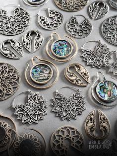 Shop the best of alternative jewelry — Plugs & Tunnels Metal Clay Jewelry, Sea Glass Jewelry, Crystal Jewelry, Crystal Earrings, Septum Jewelry, Body Jewelry, Silver Jewellery Indian, Silver Jewelry, Wire Wrapped Jewelry