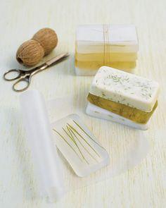 Handmade Holiday Gifts: DIY Grass Soap