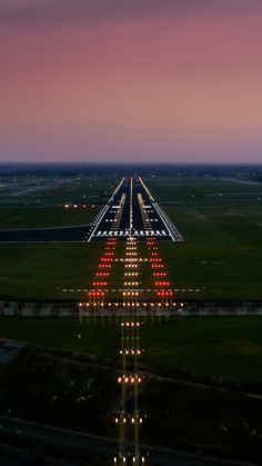 Runway Photo by gc232