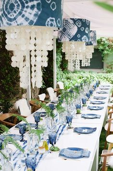 18 Gorgeous Blue And White Tablescapes - These gorgeous tablescapes and place settings prove blue and white decor is always a party hit - White Table Settings, Wedding Table Settings, Place Settings, Wedding Themes, Wedding Decorations, Table Decorations, Wedding Ideas, Beach Decorations, Trendy Wedding