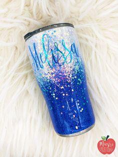 Blue and White Ombre Glitter Tumbler, Glitter Tumbler, Chunky Blue Ombre Tumbler Diy Tumblers, Personalized Tumblers, Custom Tumblers, Glitter Crafts, Glitter Projects, Resin Crafts, Vinyl Projects, White Ombre, Blue Ombre