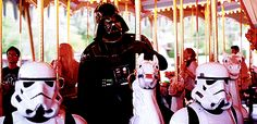 Find images and videos about funny, star wars and darth vader on We Heart It - the app to get lost in what you love. Disney Duck, Disney Parks, Walt Disney, Laura Lee, Vault Tec, Gifs, Cheer You Up, Disneyland Paris, Funny Pics