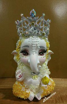 #Yellow #Ganesh Shri Ganesh Images, Ganesh Chaturthi Images, Ganesha Pictures, Lord Krishna Images, Baby Ganesha, Ganesha Art, Krishna Art, Hare Krishna, Ganesh Wallpaper