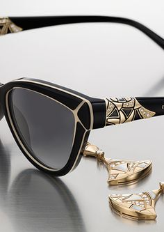 Unmistakable design with styles to fit any face, Bvlgari women's eyewear are crafted from the finest materials and recognizable the world over. Bvlgari Sunglasses, Cute Sunglasses, Trending Sunglasses, Sunglasses Women, Fashion Eye Glasses, Men Eyeglasses, Gucci, Womens Glasses, Cat Eyes