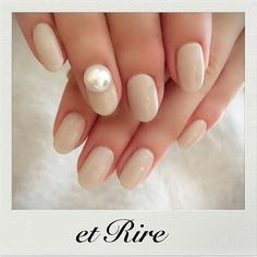 etRire☆vanilla White & Pearl ◆ネイルサロンエリール◆ ご予約☎︎03-3470-1184 HP:http://www.etrire.jp  #nail#nails#nailart#etrire#makifujiwara#naildesign#nailsalon#manicurist#beauty#fashion#vanilla#pearl#etrirenail#ネイルケア#ジェル#ジェルネイル#ネイル#ネイルデザイン#ネイルアート#エリール#表参道#表参道ネイル#表参道ネイルサロン#エリール#大人ネイル#おしゃれネイル#大人ネイルサロン#エリールネイル#バニラベージュ#大人の艶パール♡