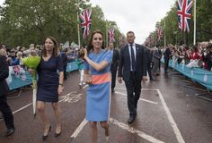 "Kate Middleton Photos - Catherine, Duchess of Cambridge greets guests attending ""The Patron's Lunch"" celebrations for The Queen's 90th birthday on The Mall on June 12, 2016 in London, England. 10,000 guests have gathered on The Mall for a lunch to celebrate The Queen's Patronage of more than 600 charities and organisations. The lunch is part of a weekend of celebrations marking Queen Elizabeth II's 90th birthday and 63 year reign. The Duke of Edinburgh and other members of The Royal Family…"