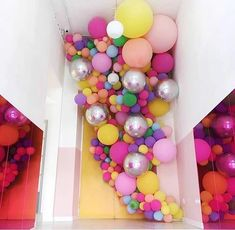 XXL Pastel Macaron Balloons - Baby Shower Balloons Party Decorations - Roll It Baby Balloon Wall, Balloon Garland, Balloon Arch, Balloon Clusters, Ballon Arrangement, Deco Ballon, Balloons And More, Balloon Installation, Balloon Decorations Party