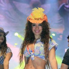 Lindas vaqueritas se presentaron en la Arena México