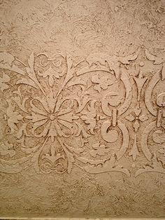 Love this! Hand rubbed plaster with stencil  Izabella Interiors www.izabellainteriors.ca