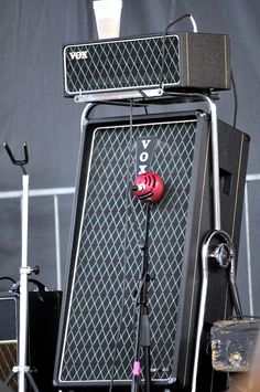 Vox AC50 amp atop a steel-framed T100 cabinet. I don't think these were available stateside in the 1960s.