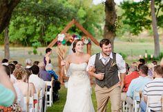 Google Image Result for http://cdn.greenweddingshoes.com/wp-content/uploads/2011/10/sunny16-wedding-08.jpg