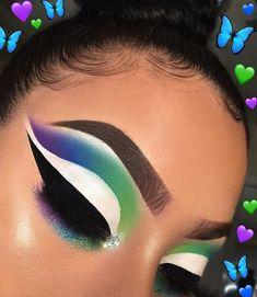 Diamond X Wallmount Hollywood Makeup Mirror with Dimmable LED - Cute Makeup Guide Makeup Eye Looks, Creative Makeup Looks, Cute Makeup, Eyeshadow Looks, Glam Makeup, Gorgeous Makeup, Makeup Inspo, Eyeshadow Makeup, Makeup Inspiration