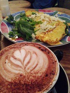 Breakfast @ Revolver☕️