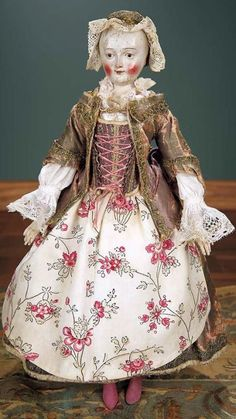 SUPERB 18TH CENTURY WOODEN DOLL WITH ORIGINAL FINE COSTUME.