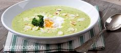 Kom helemaal in de lentestemming met dit recept voor heerlijke slasoep met gepocheerd ei en amandel