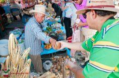 Compramos productos tradicionales, hoy desde luego impensables encontarles en un supermercado en las ciudades.