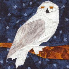 Harry Potter quilt blocks (by owlsea) Hedwig Harry Potter, Baby Harry Potter, Harry Potter Quilt, Owl Quilts, Animal Quilts, Barn Quilts, Owl Quilt Pattern, Paper Pieced Quilt Patterns, Vogel Quilt
