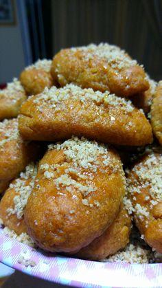 Greek Sweets, Greek Desserts, Dear Santa, Pretzel Bites, Biscuits, Bread, Christmas, Food, Crack Crackers