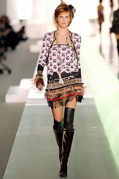 Chanel - Fall 2003 Ready-to-Wear - Look 32 of 64
