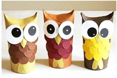 It is better not to throw away all your unused paper towel rolls. Just create some cute crafts with paper towel rolls. This idea is also to recycle those paper towel rolls into something useful. Kids Crafts, Cute Crafts, Fall Crafts, Christmas Crafts, Arts And Crafts, Christmas Paper, Toddler Crafts, Paper Towel Roll Crafts, Paper Towel Rolls