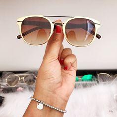 b7f5043e39ebe 10 melhores imagens de oculos lba   Black, Cabaret e Lenses