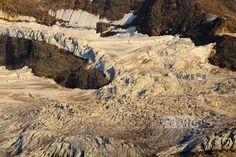 Das von zahlreichen Gletscherspalten übersähte Krimmlerkees im hintersten Teil des Krimmler Achental, am Fuß der Dreiherrenspitze. Trekking, Grand Canyon, Nature, Travel, Summer Recipes, Naturaleza, Viajes, Trips, Hiking