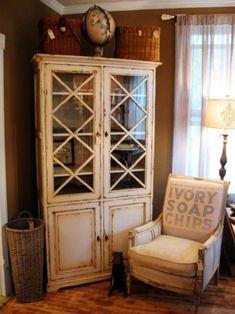 Where to find Furniture to paint- lizmarieblog.com